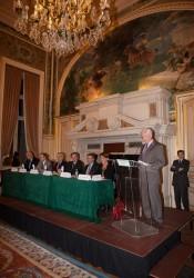 Monsieur LARMURIER, conseiller municipal, et la table ronde